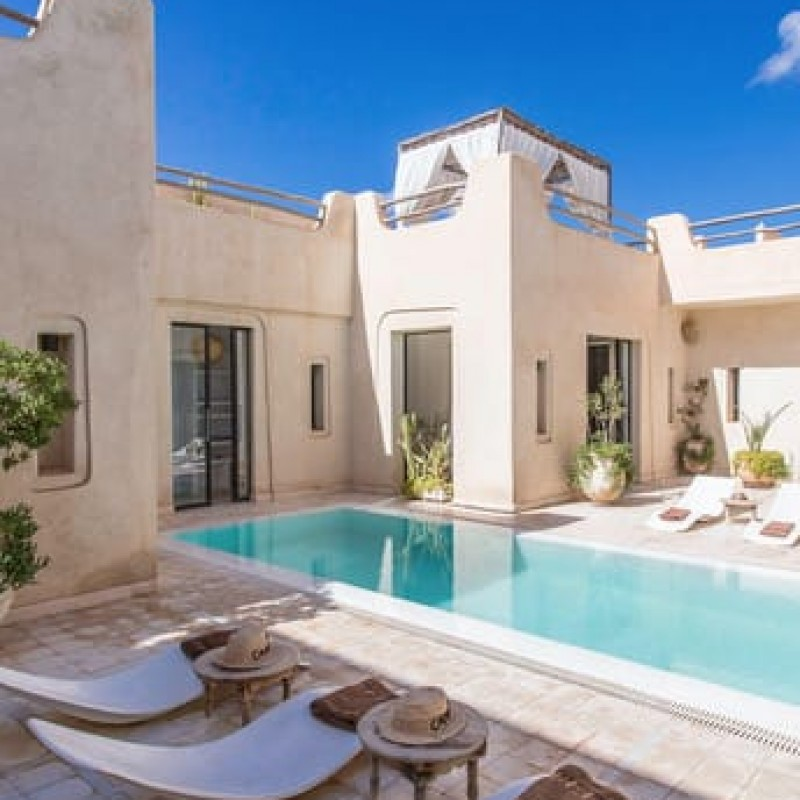 Stunning Six-Night Marrakech Villa for Six people