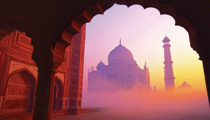 13-Day Indian Golden Triangle & The Sacred Ganges Cruise