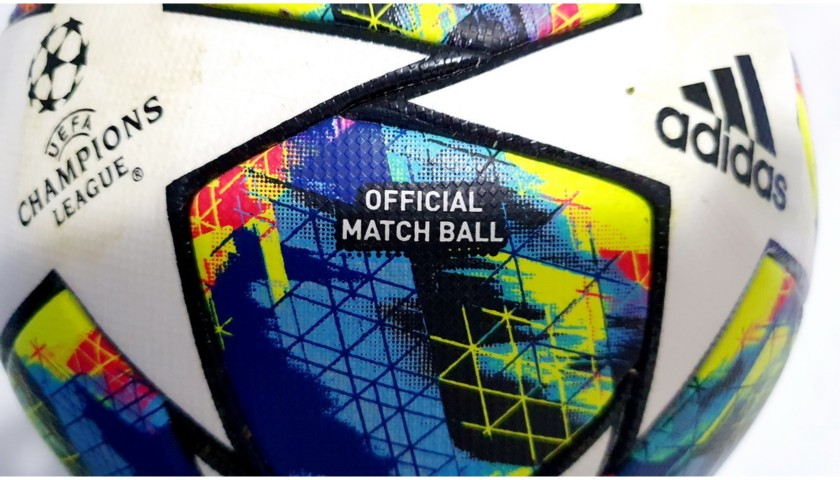 Match-Ball Juventus-Bayer Leverkusen 2019 - Signed by Ronaldo
