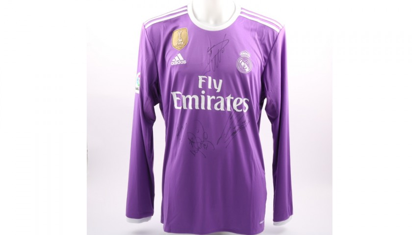 Ronaldo's Official Real Madrid 2016/17 Shirt - Signed by the players