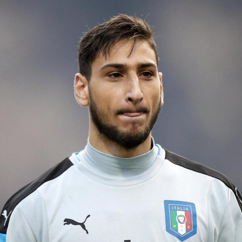 Donnarumma Match-Issued/Worn Shirt, Italy-Albania 2017