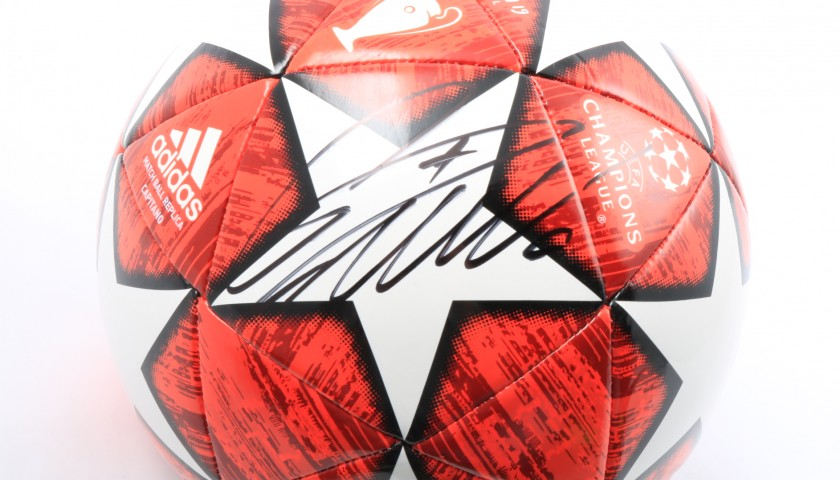 Official UCL 2018/19 Football - Signed by Ronaldo