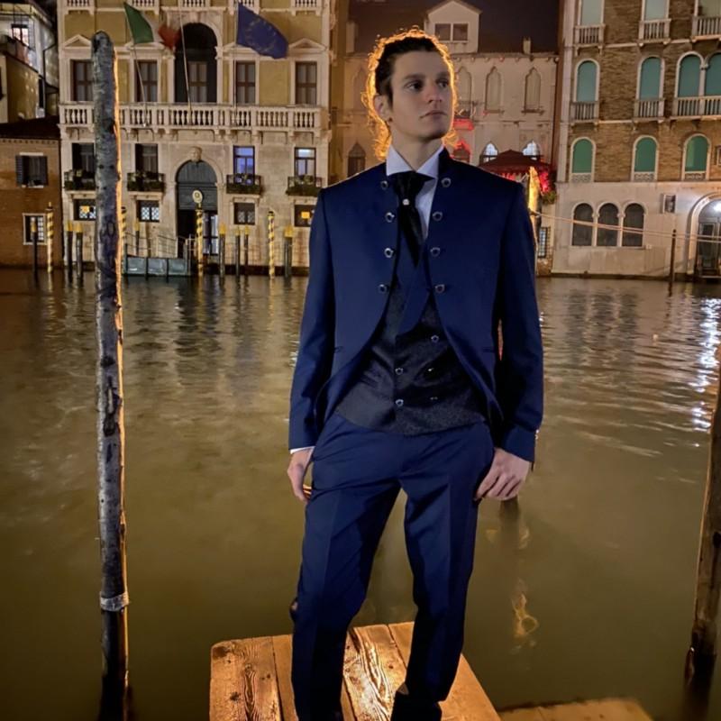 Tosetti Men's Suit