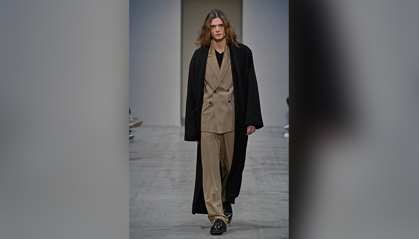 Attend the Isabel Benenato S/S 2019 Men's Fashion Show