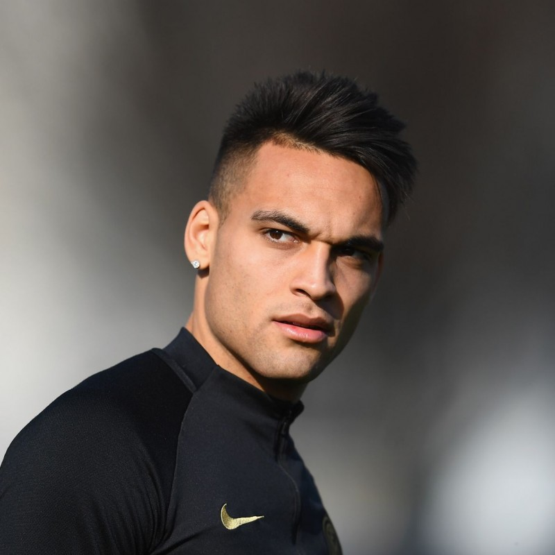 Inter Training Shirt, 2019/20 - Signed by Lautaro Martinez