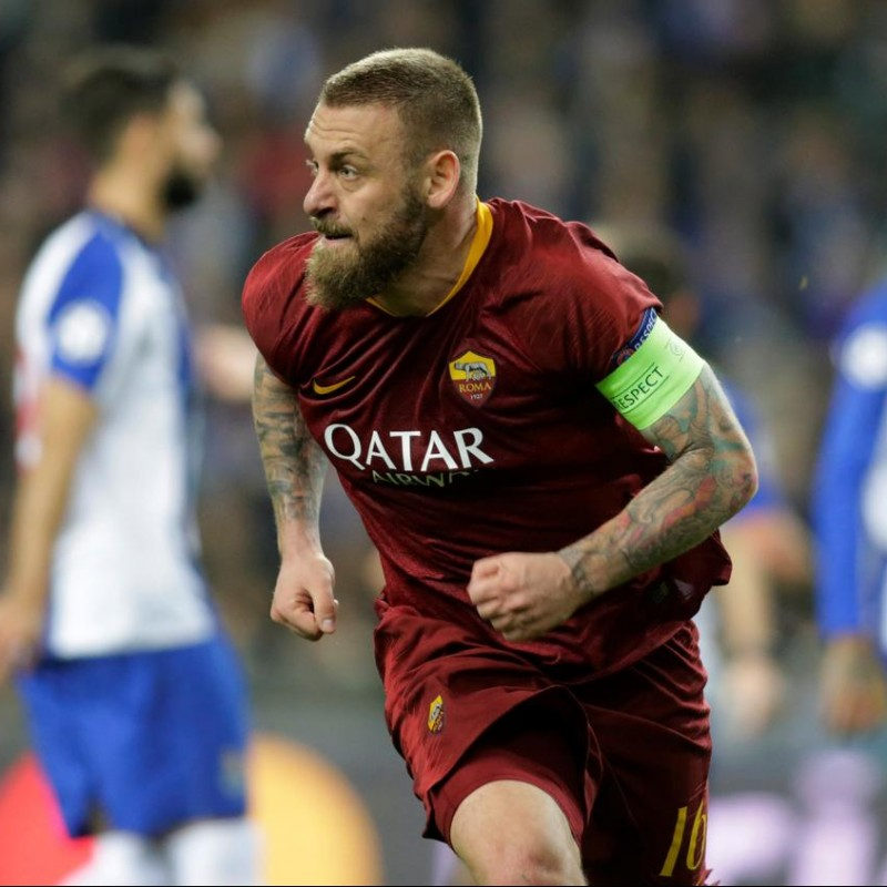 De Rossi's Match-Issue Signed Shirt, Porto-Roma 2019