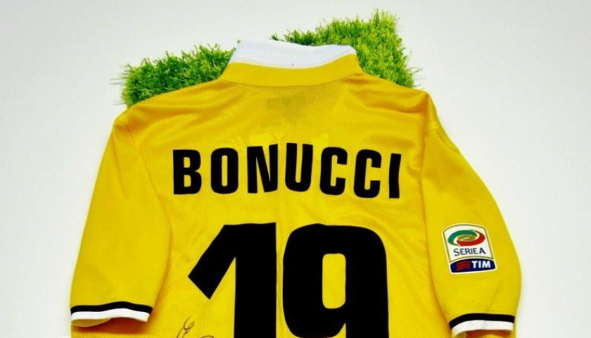 Juventus Match Worn Shirt Bonucci Udinese Juventus Serie A 2013 2014 Signed Charitystars