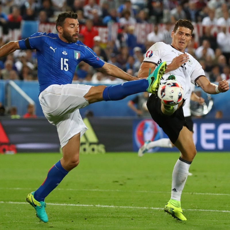 Barzagli's Match-Issue Kit, Germany-Italy Euro 2016