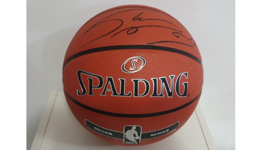Official Spalding Basketball - Signed by Shaquille O'Neal