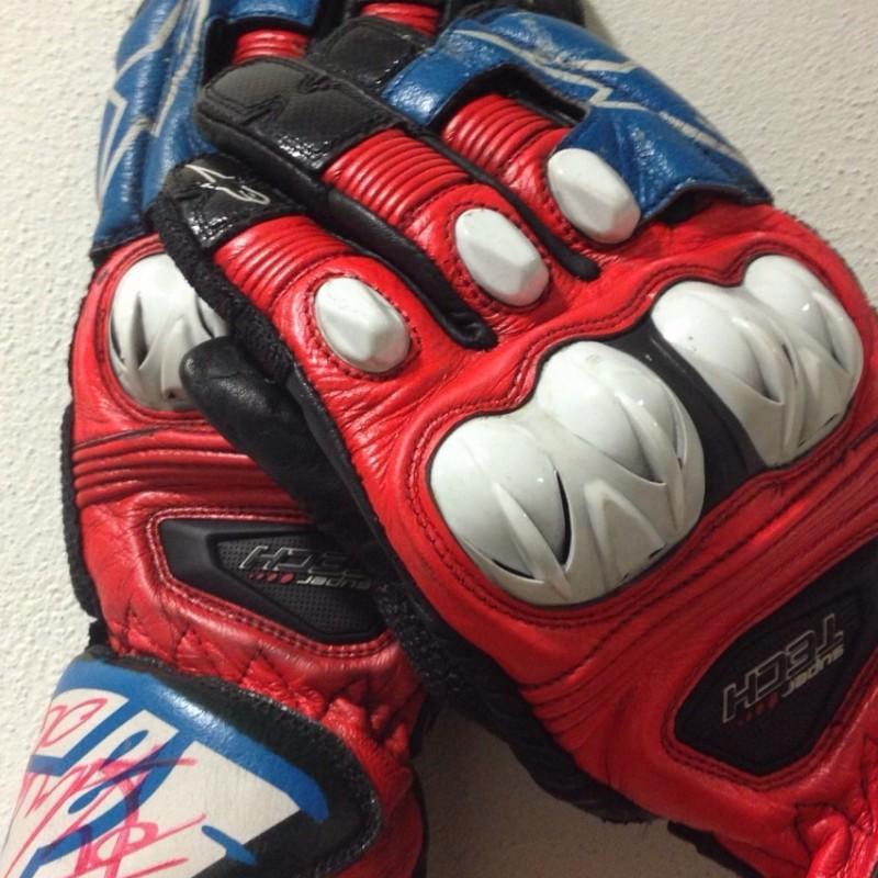 MotoGP Gloves signed by Andrea Dovizioso
