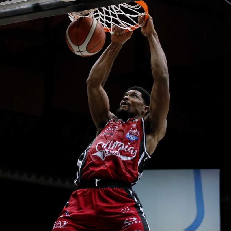 Hines' Olimpia Milano Signed Match Jersey, 2020/21