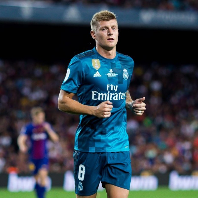 Kroos' Official Real Madrid Signed Shirt, 2017/18