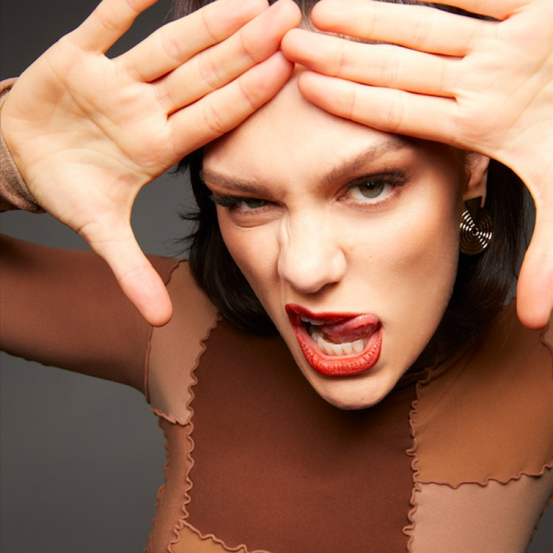 Personalised Video Performance by Jessie J