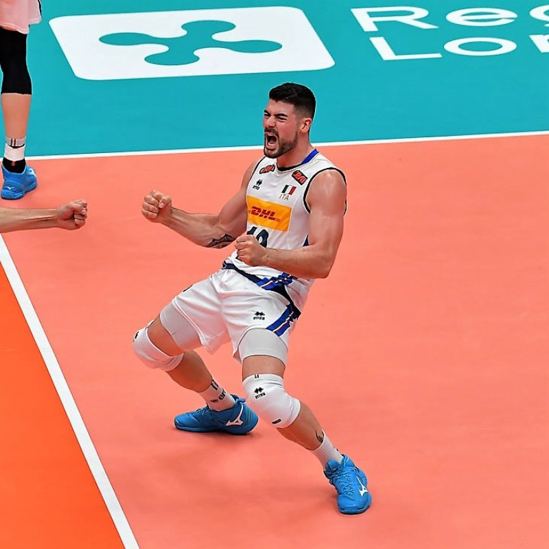 Lanza's Official Italy Volleyball Signed Shirt, 2018