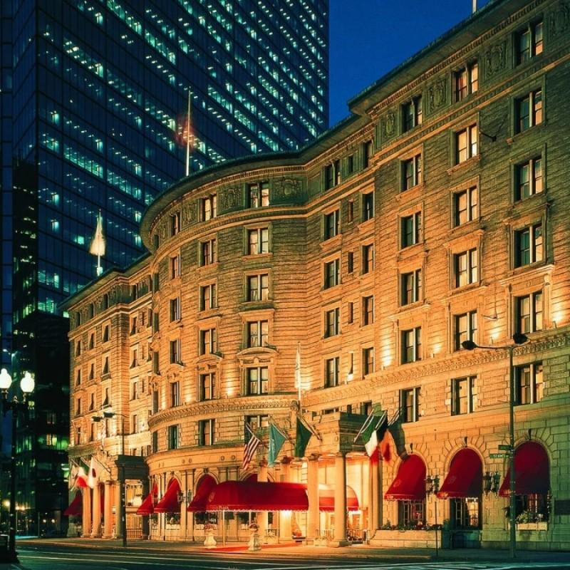 Soggiorno di 3 notti in una suite presso l'hotel Fairmont Copley Plaza Boston