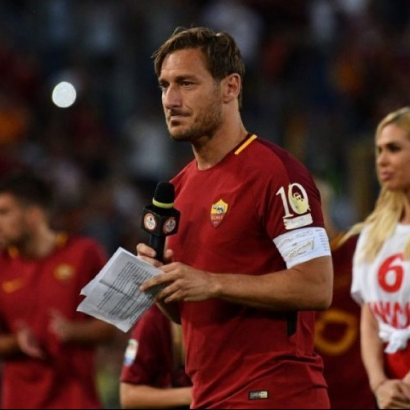 Roma Shirt - Totti Last Match