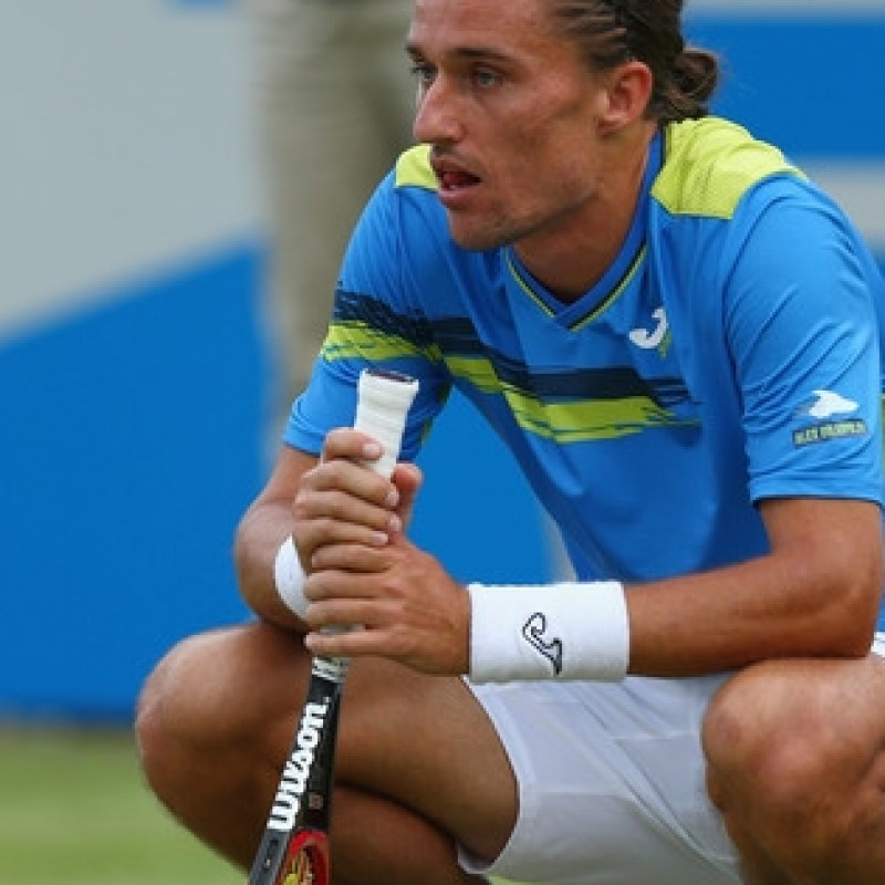 Alexandr Dolgopolov's match worn tennis shirt - signed