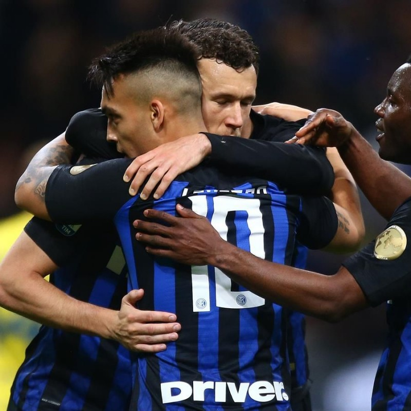 Lautaro's Worn Shirt with Inter Forever Patch, Inter-Chievo 2019