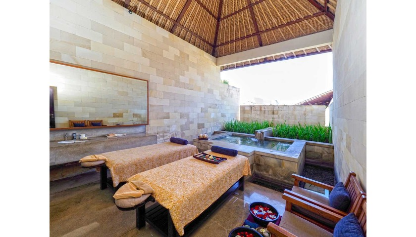 7-Night Holiday for 2 in an Exclusive Private Pool Villa at Bale Resort in Bali