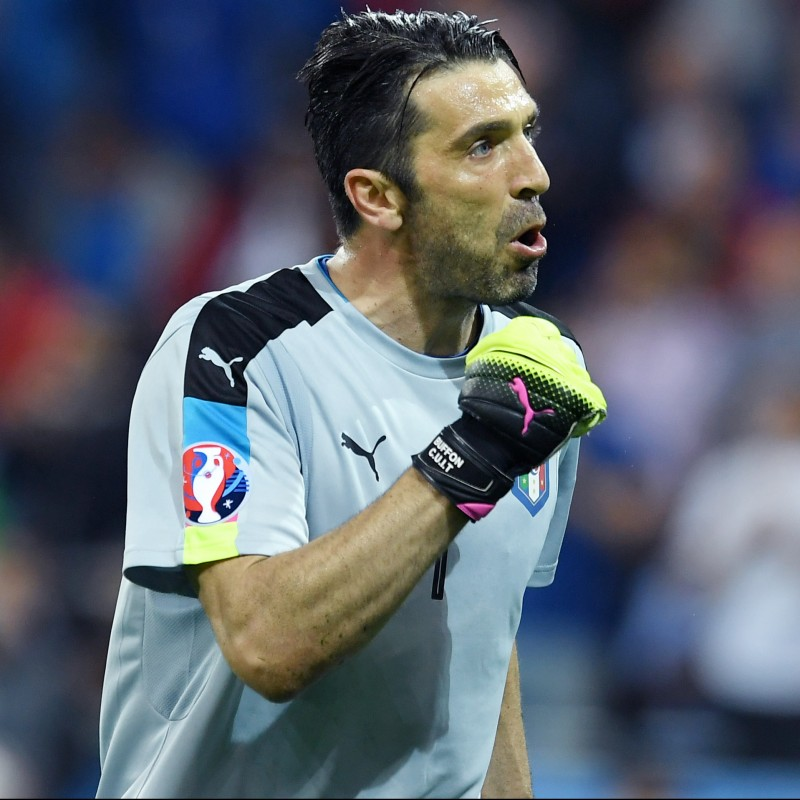 Buffon's Match-Issue/Worn Belgium-Italy Euro 2016 Shirt