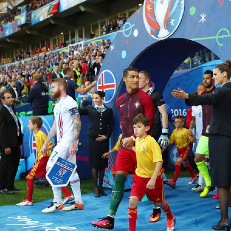 Viaggio in Portogallo con esperienza da mascotte in campo con la nazionale di calcio