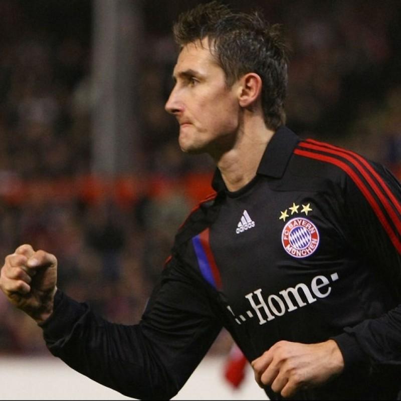 Klose's Official Bayern Munich Signed Shirt, 2007/08
