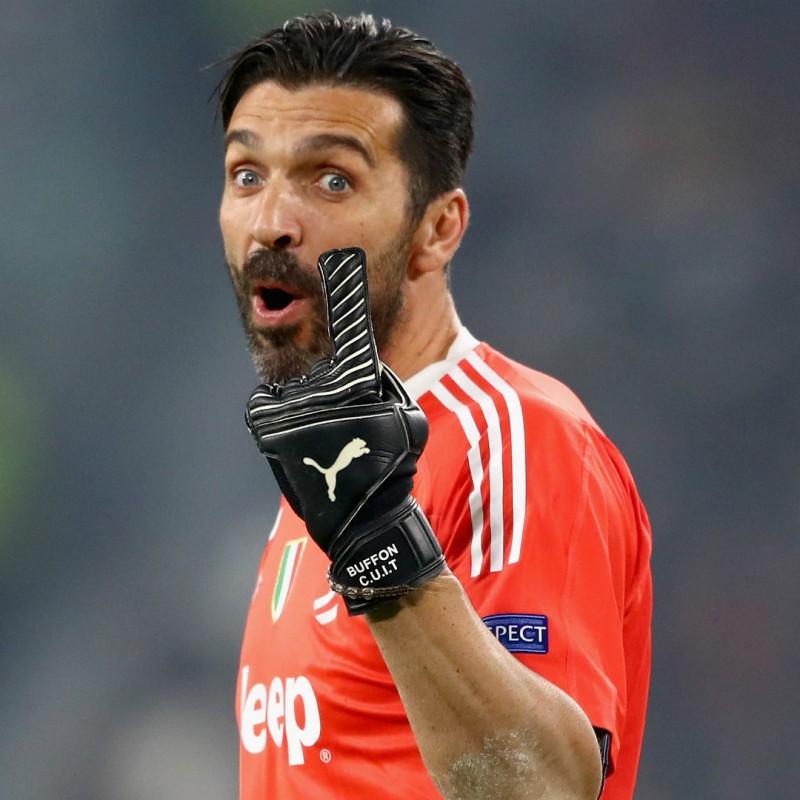 Juventus Scudetto #MY7H T-Shirt - Signed by Gigi Buffon