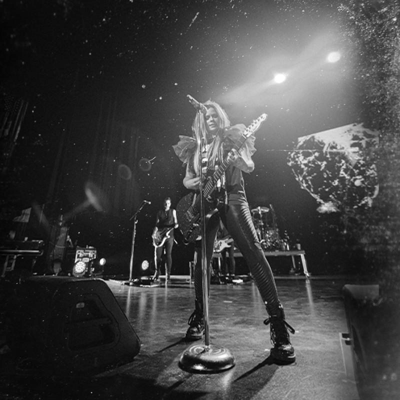Front Row VIP Tickets for Avril Lavigne in Zurich, Switzerland