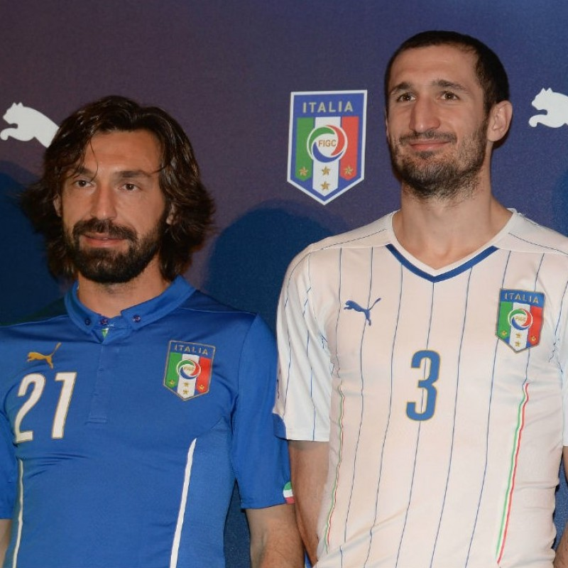 Chiellini's Italy Match Signed Shirt, 2014 Friendly