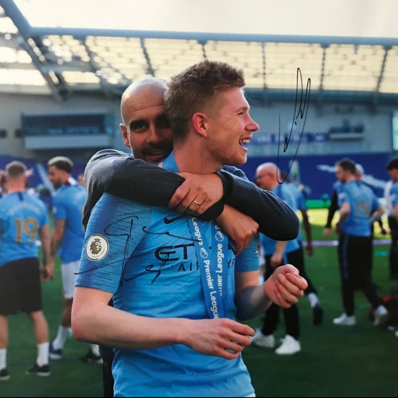 Signed Picture of Manchester City's Kevin De Bruyne and Pep Guardiola at Brighton