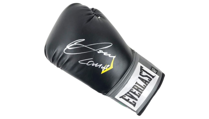 Everlast Boxing Glove Signed by Vasyl Lomachenko