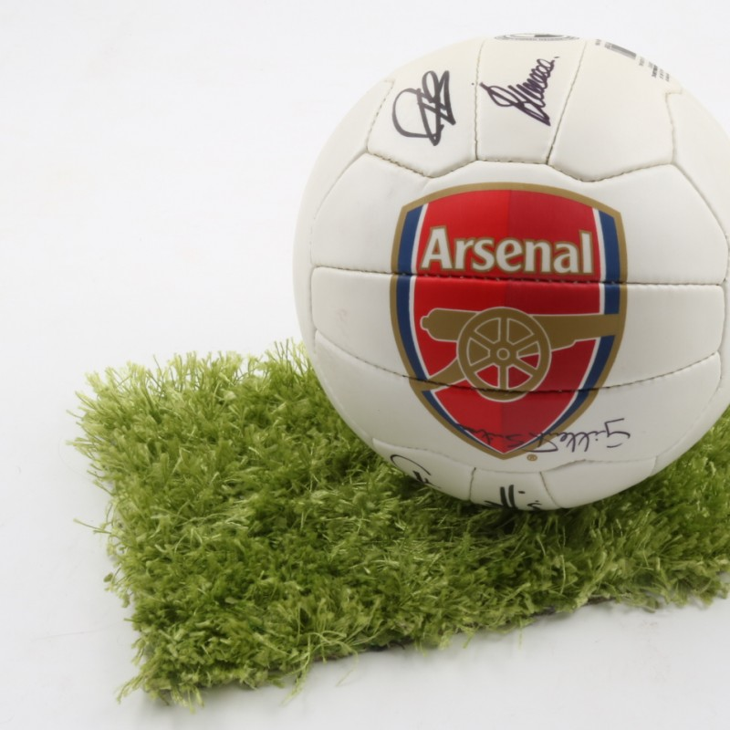 Official Arsenal 16/17 ball, signed by Arsenal Legends