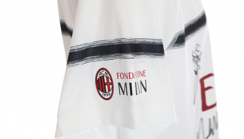 Official AC Milan Shirt, 2018/19 - Signed by the Glories