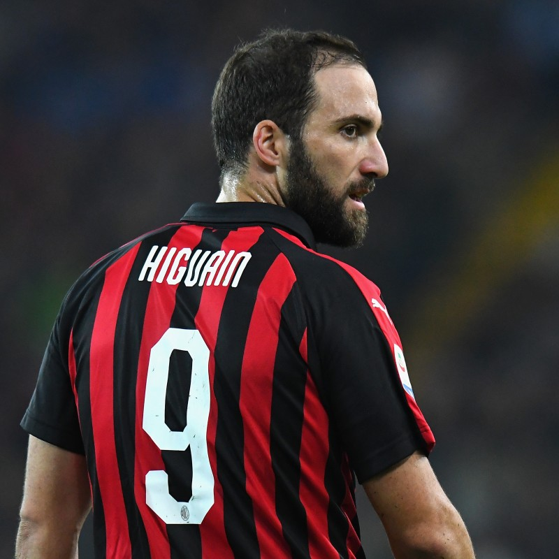Higuain's Official AC Milan Signed Shirt, 2018/19