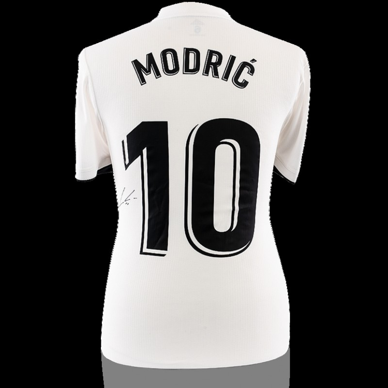 Match Worn Luka Modric Signed Real Madrid Shirt