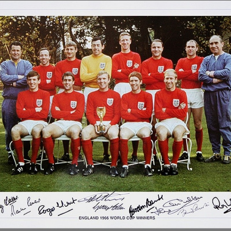England Signed Photo 1966 by 9