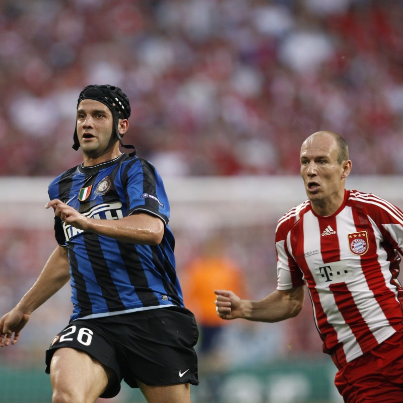 Chivu's Match-Worn UCL 2009/10 Inter Shirt, UNWASHED
