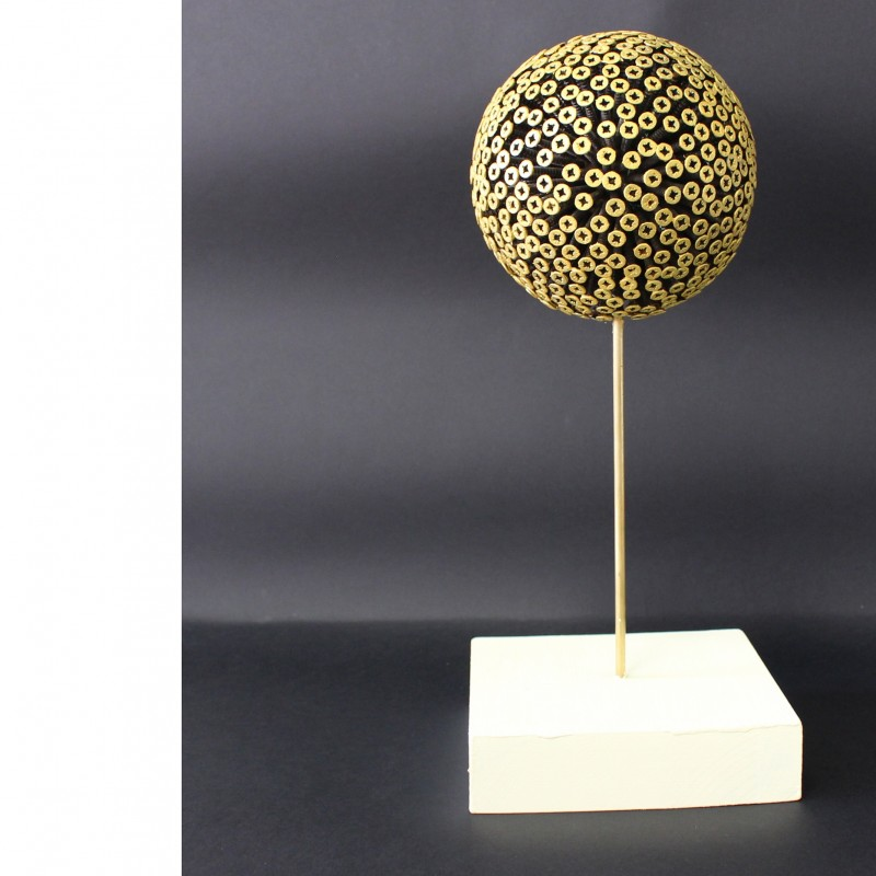 "Drill Monkeys Art Duo ""Planet Gold"" - sphere with screws and wooden base - 15x36x15 cm"
