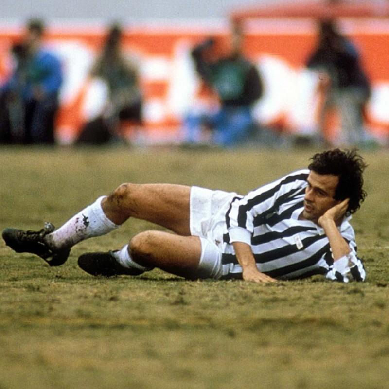 Maglia Ufficiale Platini Juventus, 1985/86 - Autografata