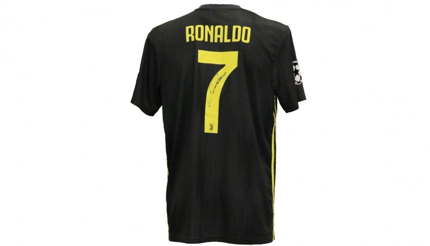01a83b052c1 Ronaldo s Official Juventus 2018 19 Signed Shirt - CharityStars