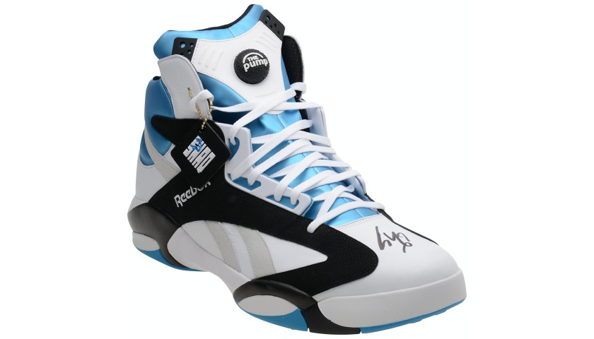 Shaquille O'Neal Hand Signed Shoe