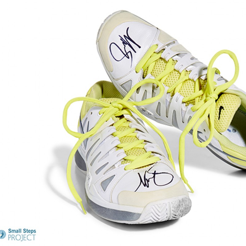 Maria Sharapova's Nike Vapor 9 Tour Autographed Trainers from her Personal Collection