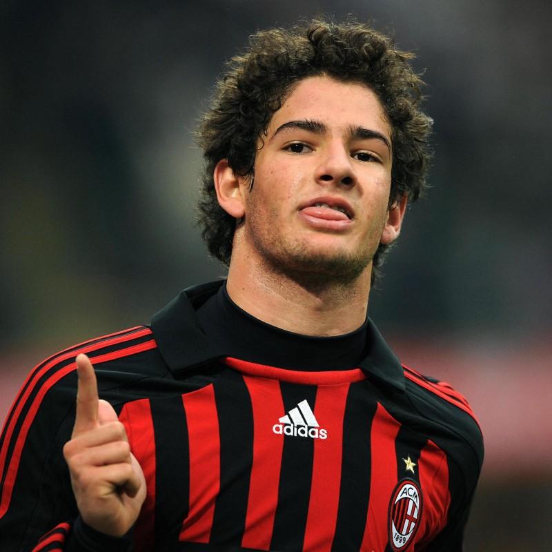 Pato's AC Milan Match-Issue Signed Shirt, Yokohama Final 2007
