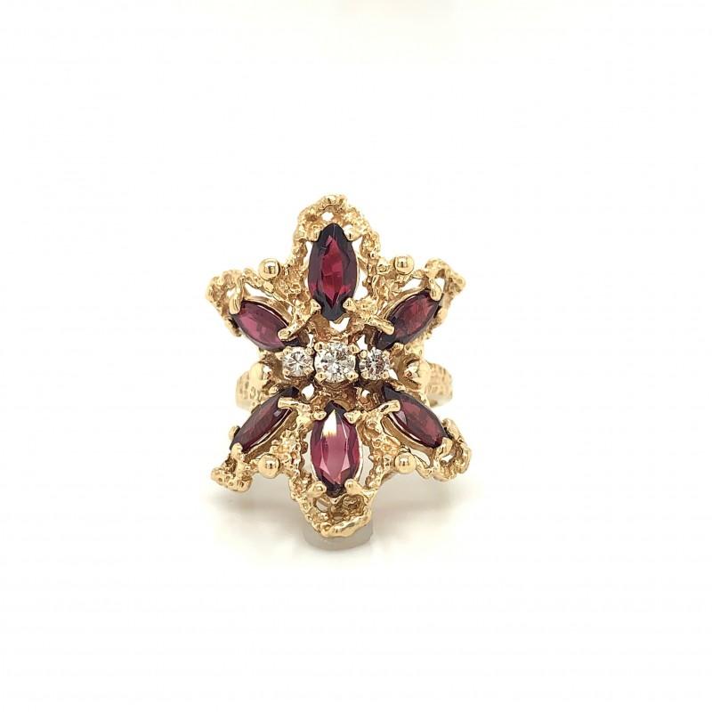 14KT Yellow Gold Garnet and Diamond Ring