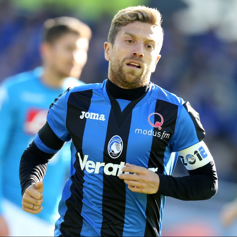 Papu Gomez's Signed Match-Issued Atalanta Shirt, Serie A 2017/18