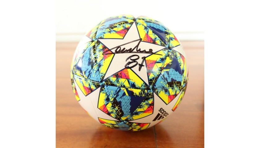 Official UCL 2019/20 Football - Signed by Lautaro and Candreva