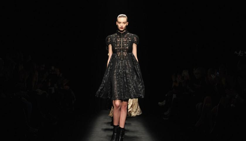 reputable site 4da34 265c5 Attend Byblos Milano Fashion Show F/W 17-18 | 2 Seats + Backstage -  CharityStars