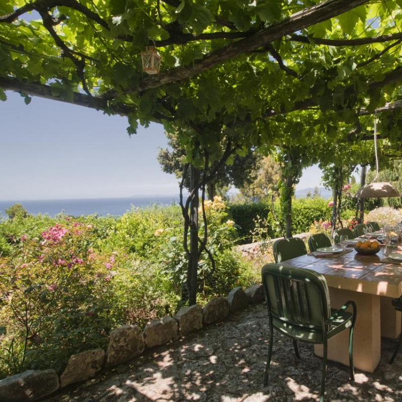 Stay at the Beautiful Villa Lividonia in Tuscany