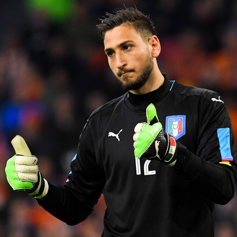 Donnarumma's Match-Issue Macedonia - Italy Shirt, World Cup 2018 Qualifiers