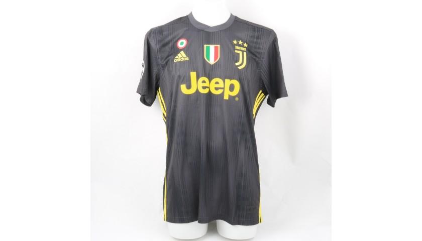 various colors 3ebe2 dcd0f Ronaldo's Official Juventus 2018/19 Signed Shirt - CharityStars